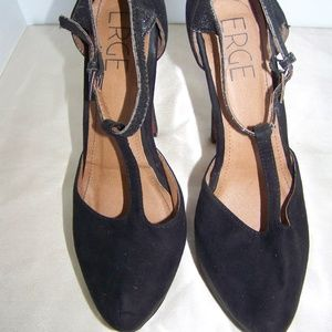 BLACK PLATFORM STAPPY HEELS BY ERGE
